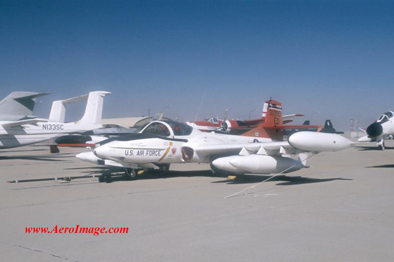 http://www.aeroimage.com/MilAir/Attack/Images/97101810.jpg